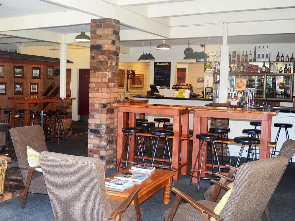 Restaurant at Dawsons Hotel in Reefton